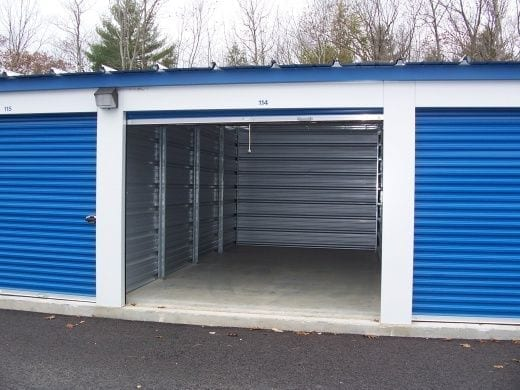 Outdoor-self-storage-units-for-rent